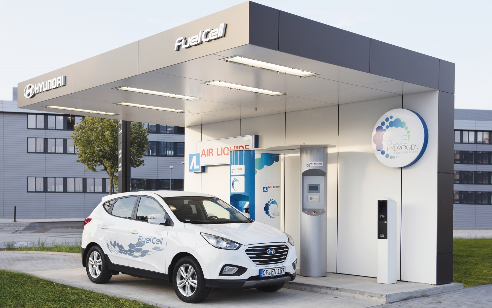 Automotive Majors to Invest $10 Billion in Hydrogen Fuel-Cell Technology