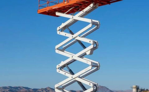 Snorkel's new 76-footer is the tallest rough-terrain scissor lift in North America